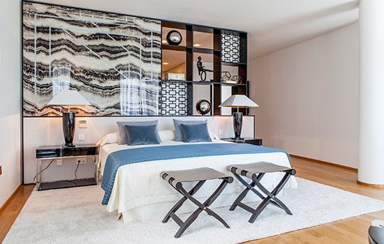 dormitorio estilo mediterráneo.